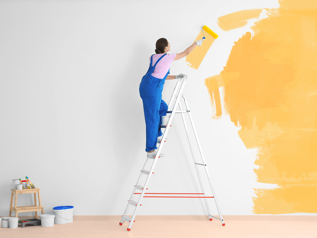 Saiba como pintar paredes da sua casa do jeito certo
