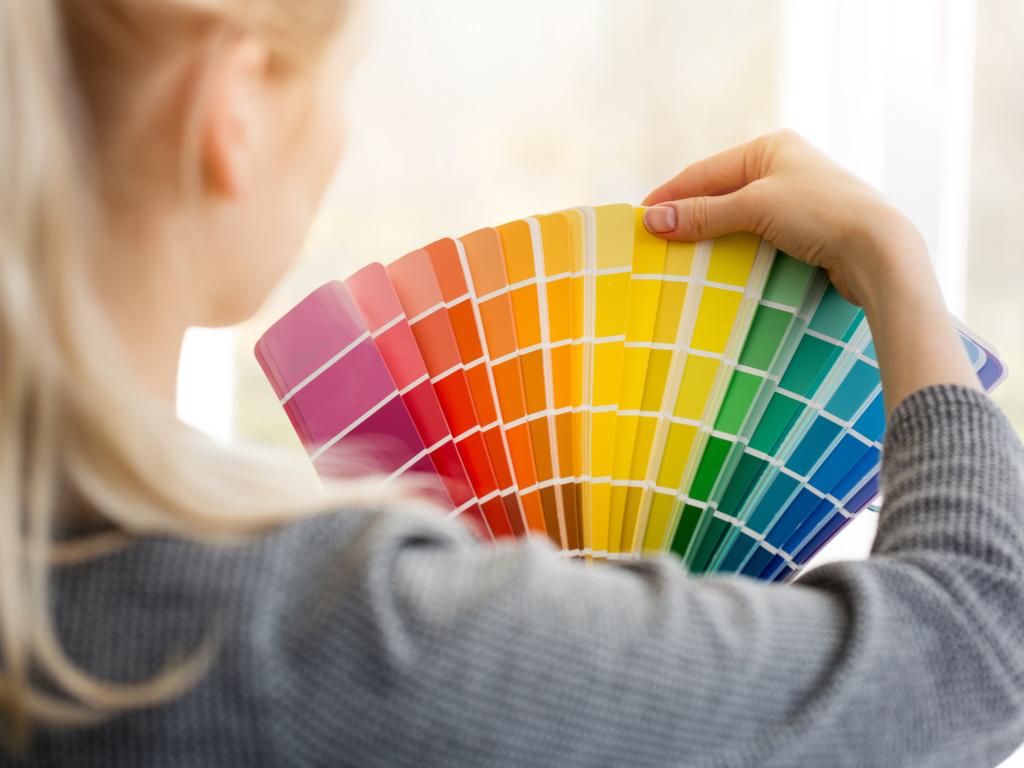 Cores de tinta: como escolher o tom certo para cada cômodo