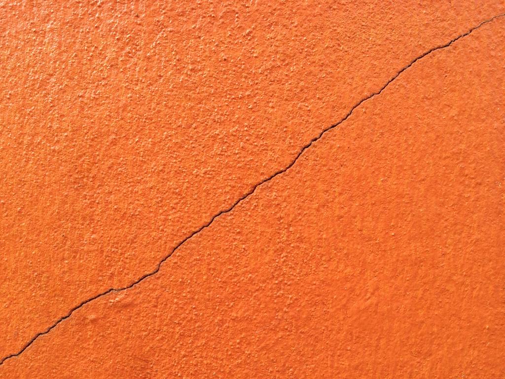 Selante, estruturante e impermeabilizante contra fissuras e trincas